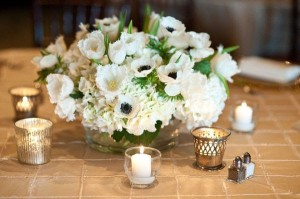 anemone-table-centerpiece