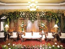 dekorasi semi tradisional.2 sunda