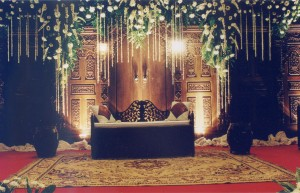 dekorasi semi tradisional.3 jawa